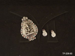 Temple Jewellery , Ganeshji In Stylish Attractive Temple Pendent Sets | Manek Ratna