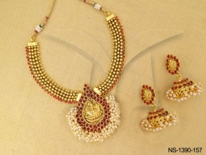 Temple Jewellery , Laxmi Ji Paan Base Moti Kemp Necklace Set | Manek Ratna