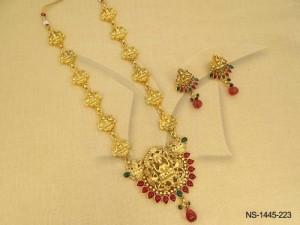 Temple Jewellery , Laxmi Ji Surya Designed Kemp Temple Necklace Set | Manek Ratna