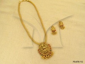 Temple Jewellery , Oval Long Kemp Stone Temple Pendant Set   Manek Ratna