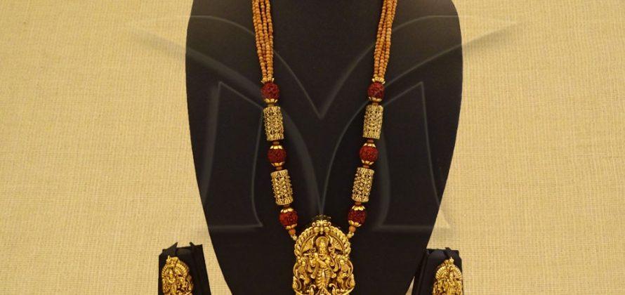 Temple Pendant Set Jewellery